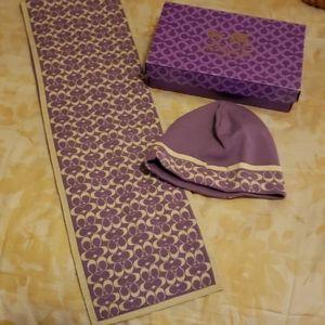 100% Coach merino wool scarf and beannie set